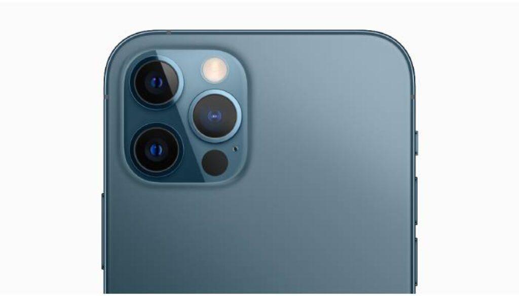 الكاميرا الخلفية لتليفون ايفون 12 برو ماكس